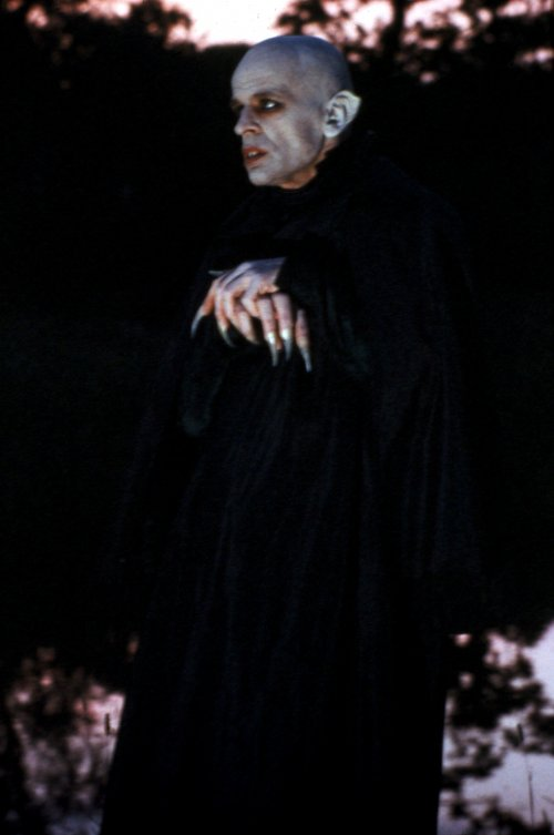 nosferatu-the-vampyre-1979-001-klaus-kinski-hands-crossed