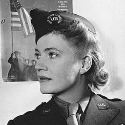 5 Hours of Photography. 2: Lee Miller