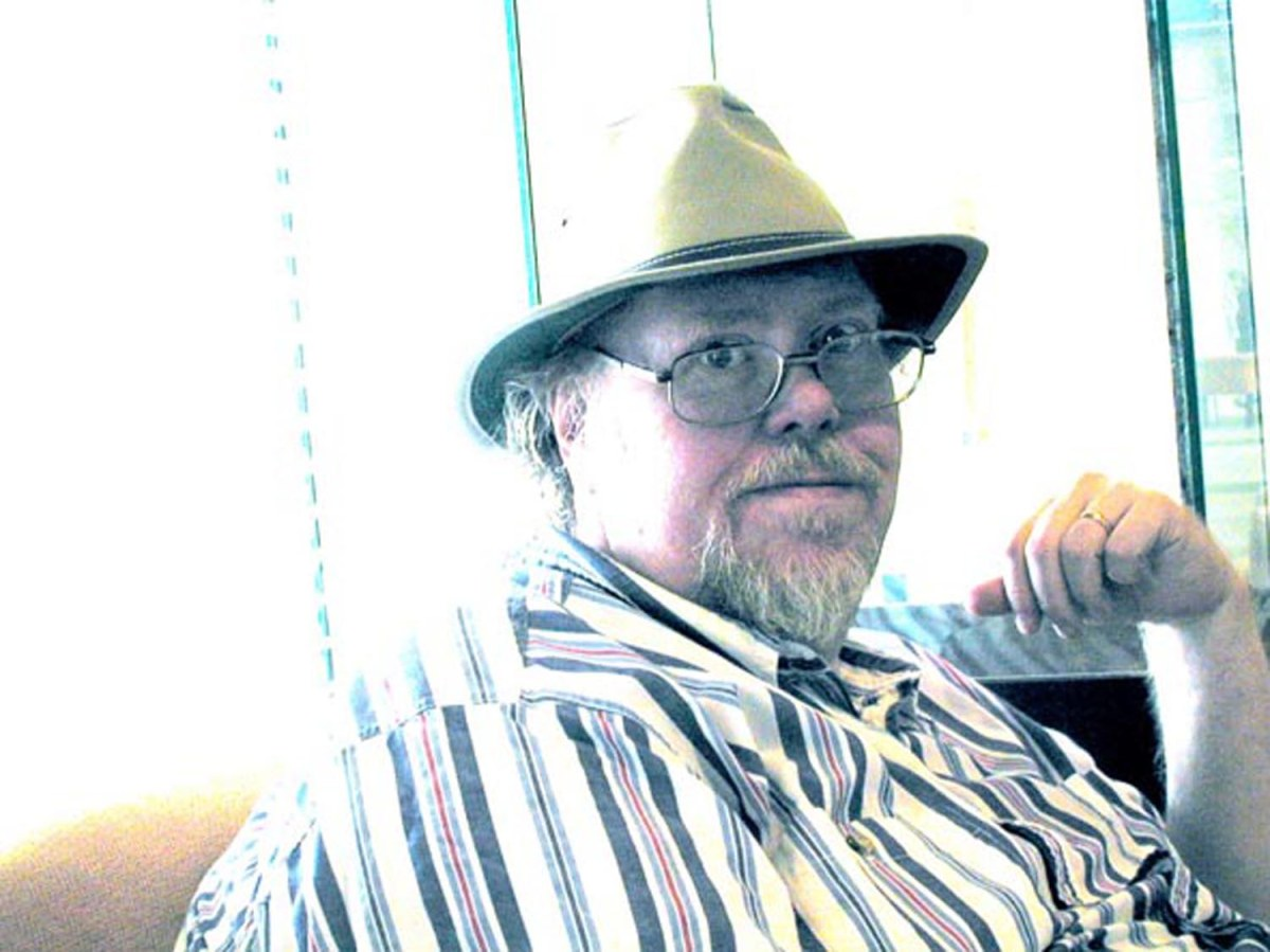 Gardner Dozois, editor of Dark Alchemy